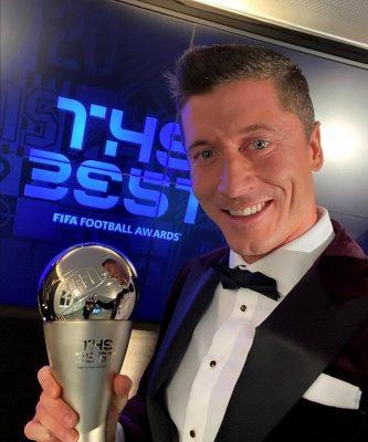 เหมาะสม! เลวานดอฟสกี้ชนะโหวตซิวแข้งยอดเยี่ยมฟีฟ่า2020